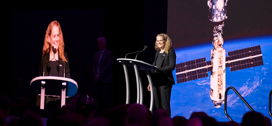 Governor General Julie Payette speaks at the 2018 FIRST Championship in Detroit, Michigan. (Photo credit: Sgt Johanie Maheu, Rideau Hall (2018))